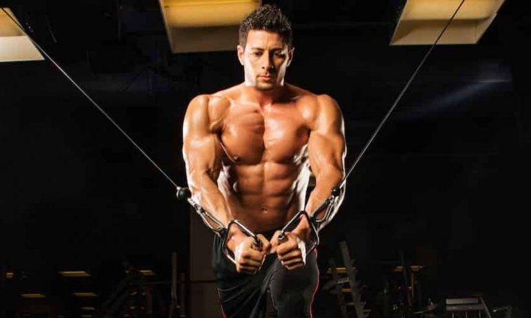 Quali sono i migliori steroidi? Posso guadagnare la massa muscolare prendendo steroidi senza danneggiare la mia salute?